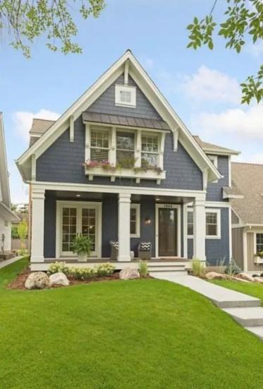 Modern farmhouse exterior design ideas 08
