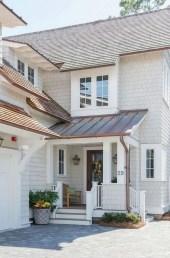 Modern farmhouse exterior design ideas 10