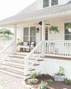 Modern farmhouse exterior design ideas 23