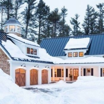 Modern farmhouse exterior design ideas 24