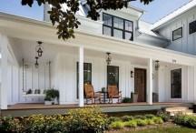 Modern farmhouse exterior design ideas 38