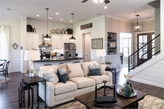 Amazing living room design ideas 19