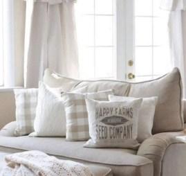 Amazing living room design ideas 27