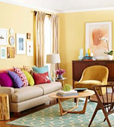 Design a living room in a small space that remains comfortablel 04