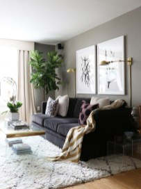 Design a living room in a small space that remains comfortablel 38