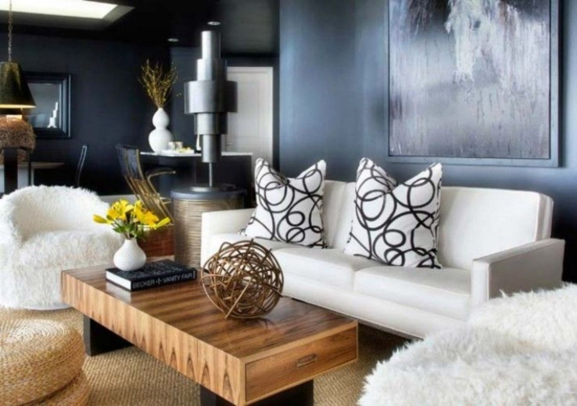 The design of the living room looks luxurious 12