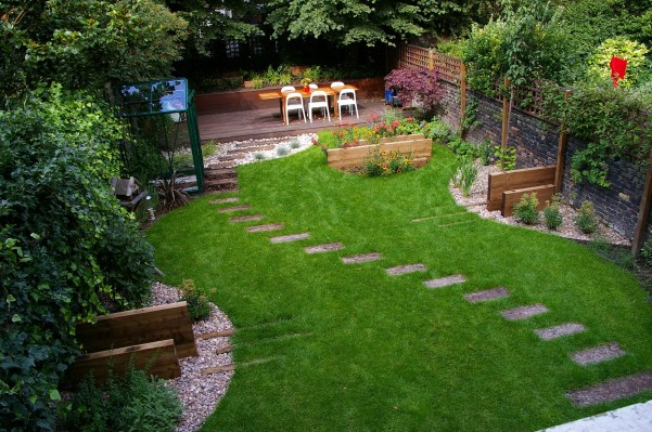 The best garden design for small areas 24