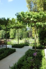 A small garden design that is still beautiful to see 02