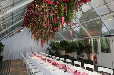The best garden design ideas with the concept of valentines day 07