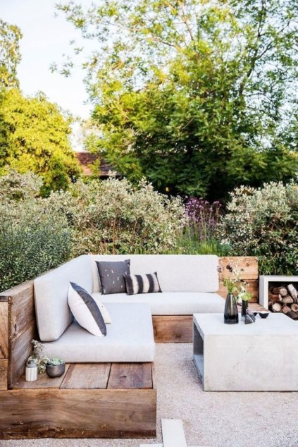 Backyard design for small areas that remain comfortable to relax 19