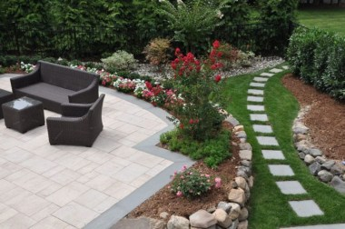 Backyard design for small areas that remain comfortable to relax 36