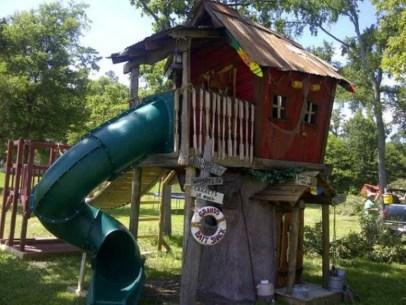 Backyard design ideas with children's slides 22