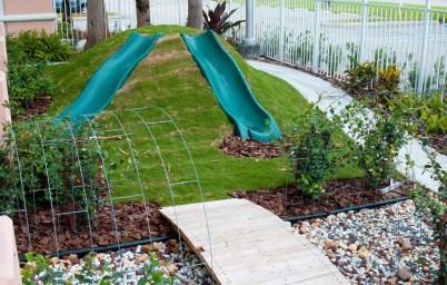 Backyard design ideas with children's slides 32