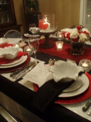 Dining table decor for dinner with a partner on valentine's day 14