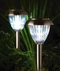 Garden lamp design ideas that make your home garden looked beauty 05