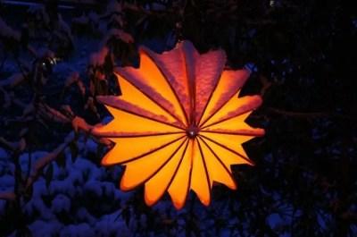 Garden lamp design ideas that make your home garden looked beauty 29