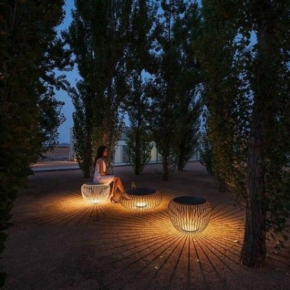 Garden lamp design ideas that make your home garden looked beauty 30
