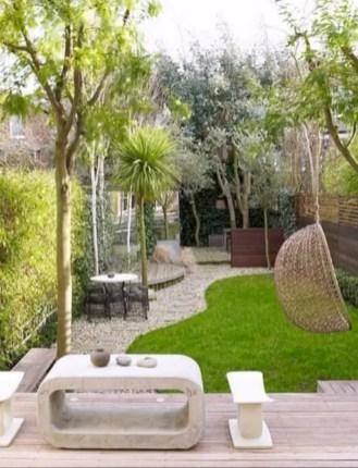 Garden exterior design ideas using grass that make your home more fresh 06