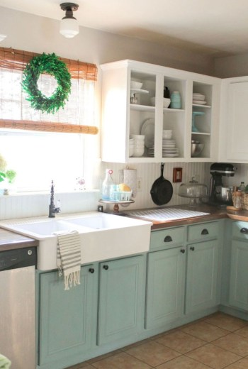Rustic kitchen cabinet design ideas are very popular this year 50