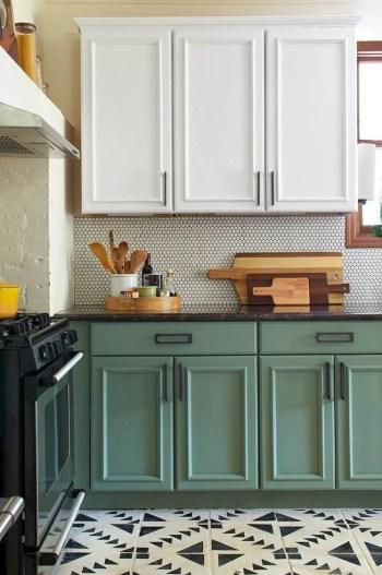 Rustic kitchen cabinet design ideas are very popular this year 52