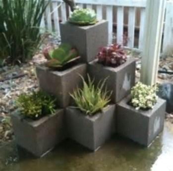 The best cinder block garden design ideas in your frontyard 04