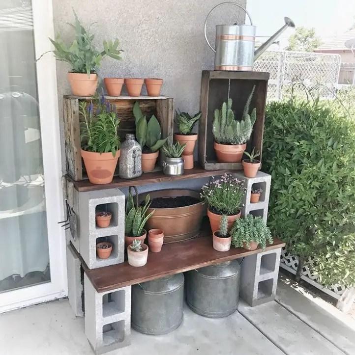 The best cinder block garden design ideas in your frontyard 18