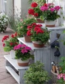 The best cinder block garden design ideas in your frontyard 37