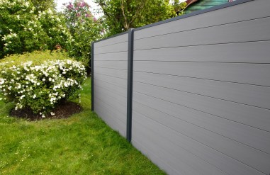 The best fence wooden design that you can try in your home 37