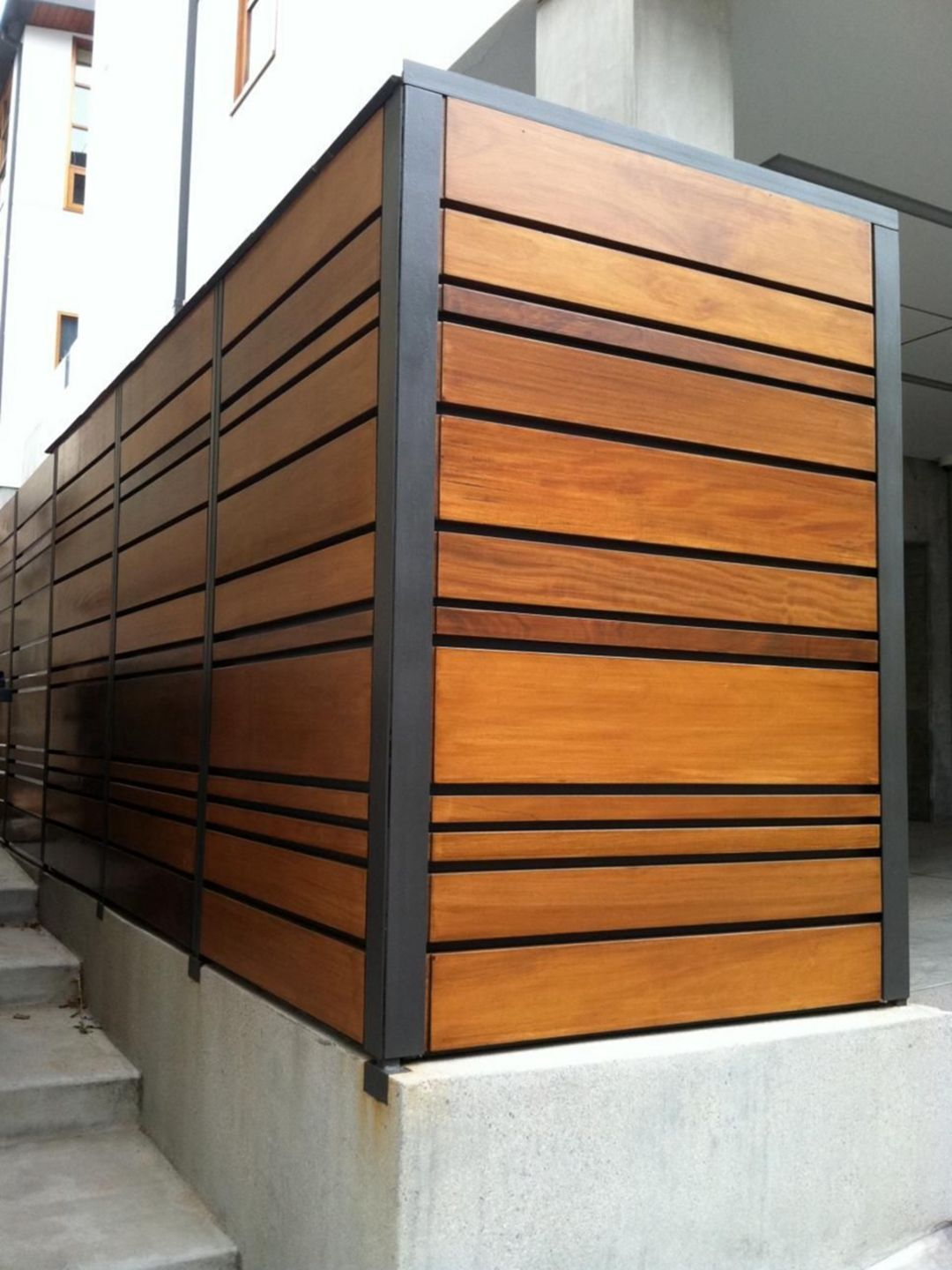 The best fence wooden design that you can try in your home 44