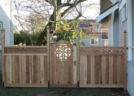 The best gate design ideas that you can copy right now in your home 16