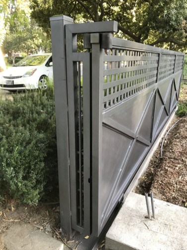 The best gate design ideas that you can copy right now in your home 29