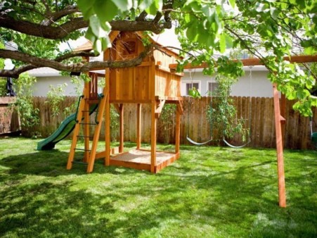 Backyard design ideas for kids 34