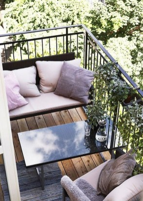 Beauty view design ideas for balcony apartment that make you cozy 07