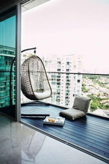 Beauty view design ideas for balcony apartment that make you cozy 27