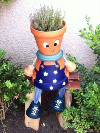 Flower pot decoration ideas that you can try in your home 44