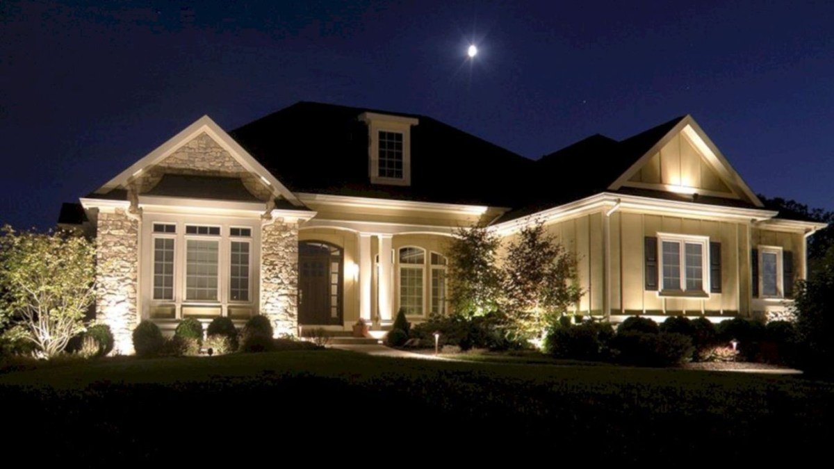 42 Frontyard Exterior Design with Beautiful Garden Lights