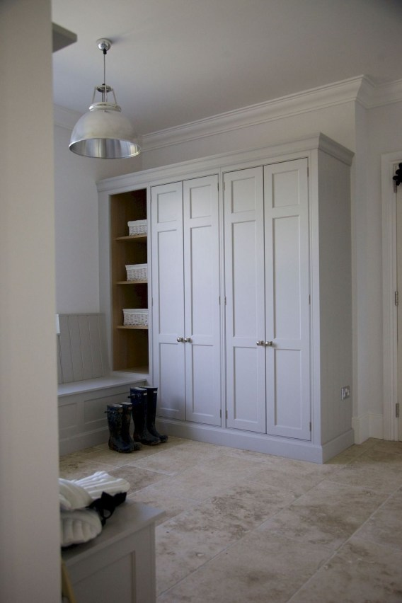 Wardrobe design ideas that you can try in your home 39