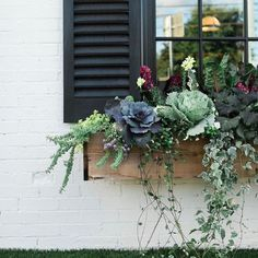 Exterior decoration ideas with flower in window 13