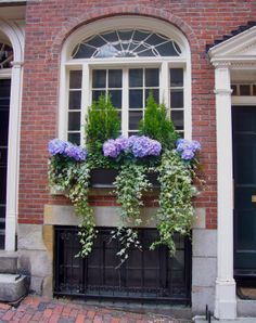Exterior decoration ideas with flower in window 14