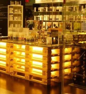 Inspiring pallet mini bar design ideas 51