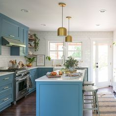 Wood kitchenset design ideas that you can try 51