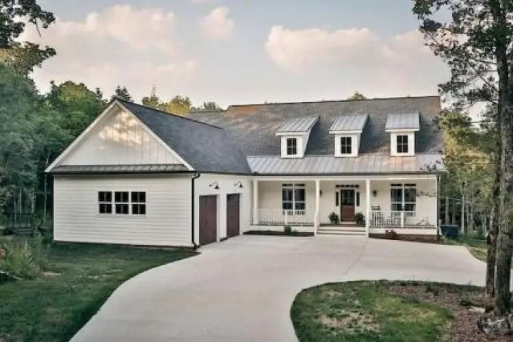 Simple exterior design ideas 11