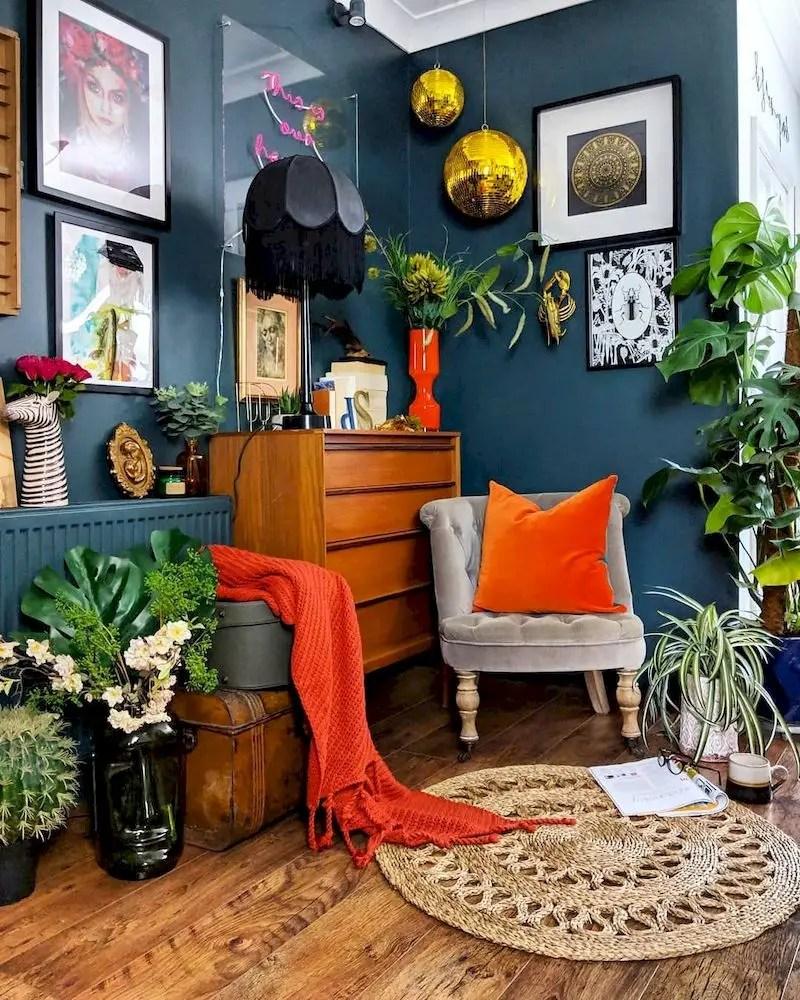 Inspiring living room wall design ideas 26