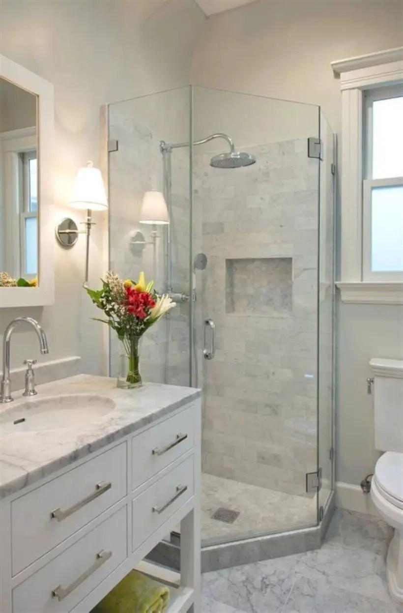 Inspiring small bathroom design ideas in apartment 13