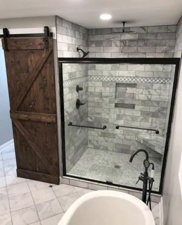 Inspiring small bathroom design ideas in apartment 19