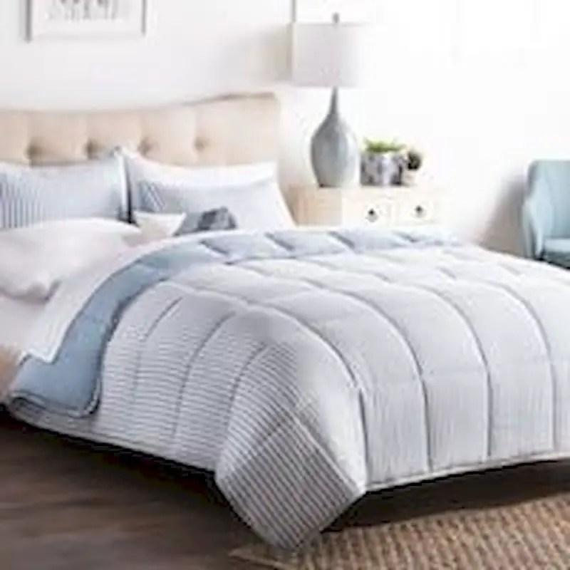 Luxury bedroom design ideas with goose feather 14