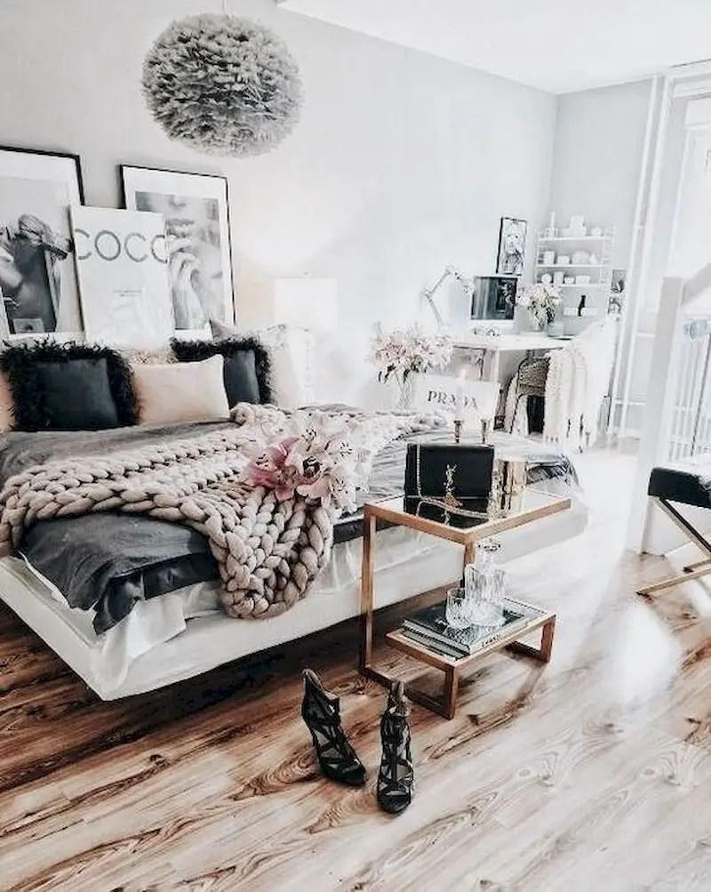 Luxury bedroom design ideas with goose feather 52