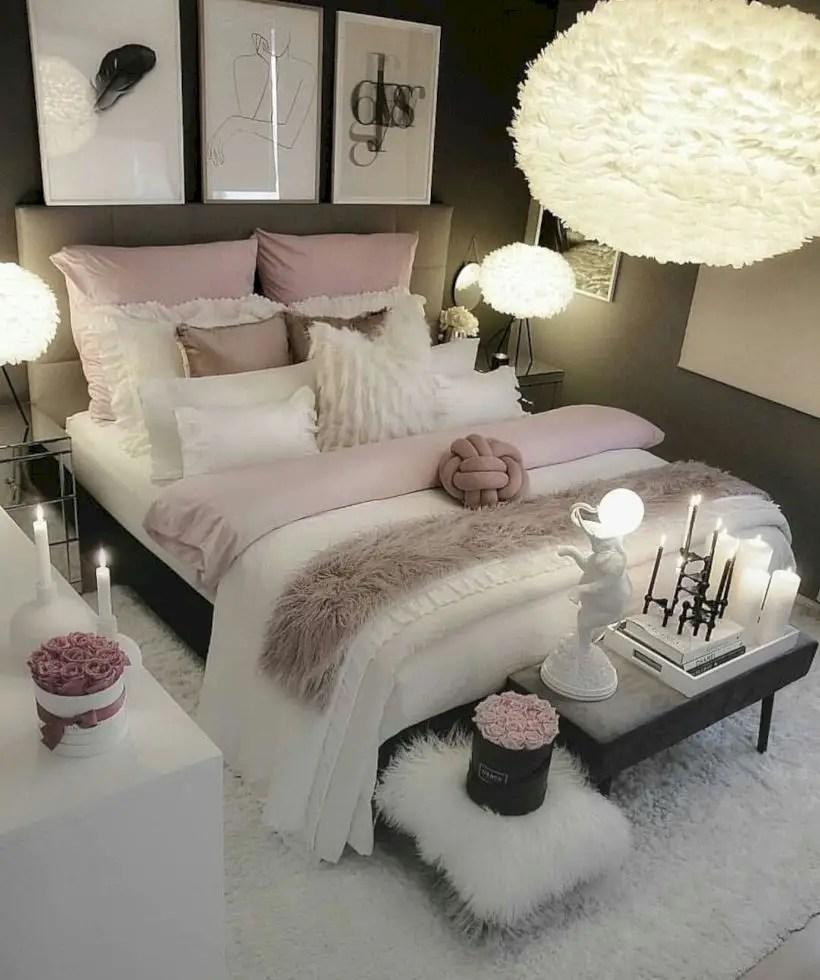 Romantic bedroom decorating ideas in your apartment 14