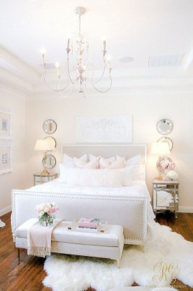Romantic bedroom decorating ideas in your apartment 30