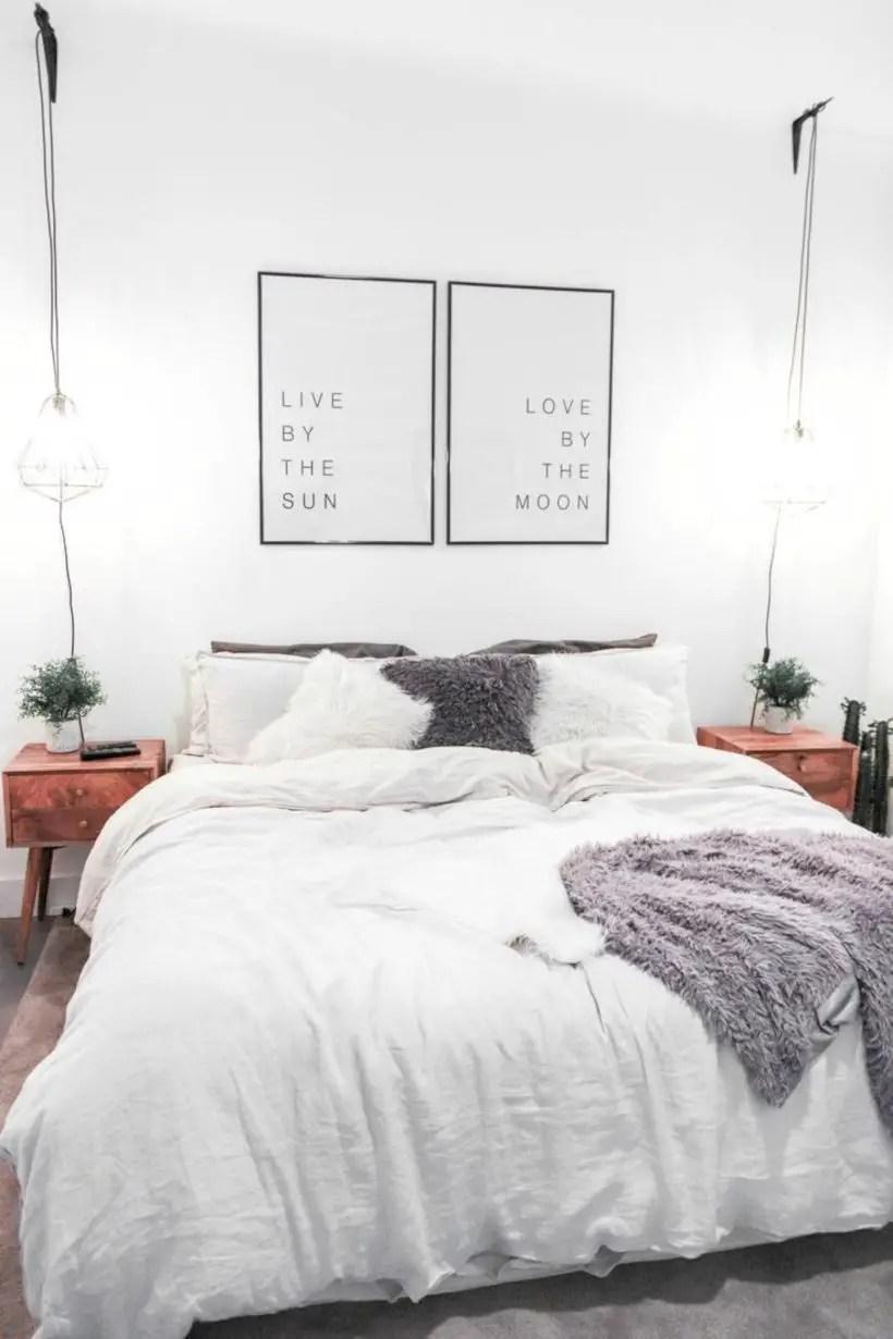 Romantic bedroom decorating ideas in your apartment 37